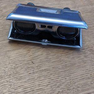 Vintage pop-up binoculars